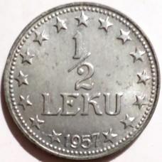 АЛБАНИЯ 1/2 ЛЕКА 1957 г. UNC!